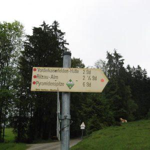 Weg zur Vorderkaiserfeldenhütte