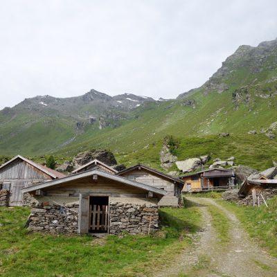 Hütten der Vorbergalm