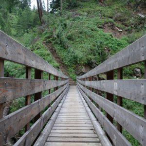 Wir folgen von Stein dem Gliderbach