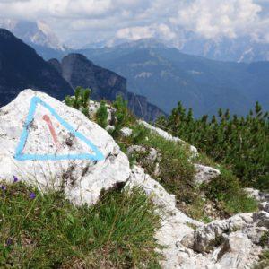 Immer auf dem Dolomitenhöhenweg 1