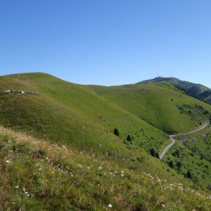 Ein Hügel nach dem anderen