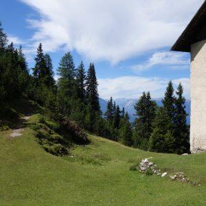 Unbewirtschaftete Hütte auf dem Weg