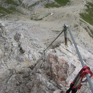 Und über den leichten Klettersteig geht es wieder runter